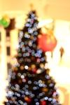 Bokeh pohon natal dengan 50mm f/1.8 II
